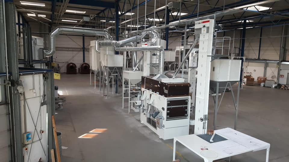 We have recently installed 2 TPH Processing Capacity  Sesame Seed Cleaning and Dry Hulling Plant at Frankfurt, Germany.